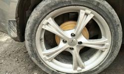 Alloy wheels in genuine condition 17 inches with