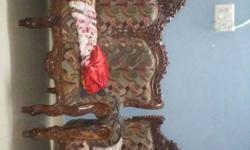 antique design sofa set with couch & centre table