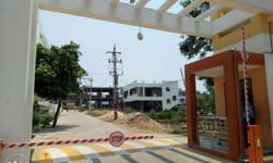 Apartment flats for sale Pendurti Junction. Very low