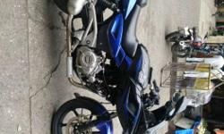 I want to sell my pulsar 220 black n blue excellent