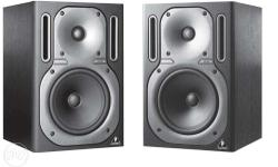 Behringer Truth B 2030a Studio Monitors ...neatly