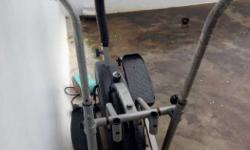 Black And Gray Elliptical Machine.Used Only for 6