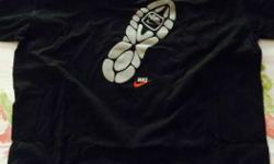 Black And White Nike Crew Neck T-shirt