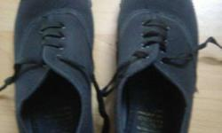 Black canvas size 6 one time used