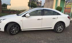 Brand new cruze new tyar crom alloy 17 inch white colur