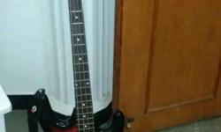 Brand new Givson bass guitar in good condition