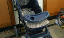 This Branded Stroller is foldable, with cup holders,