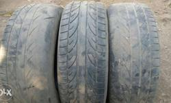 Bridstone make 205 60 R14 tyre for sale.4000 for all