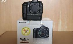 Canon EOS 5D Mark II (Body only) with original Canon