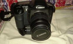 1year old well condition camera with bag ang new