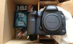 canoon d900 in box brand new never used it comes with