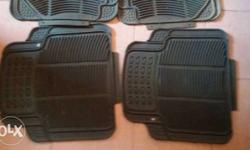 Car floor mats good condition