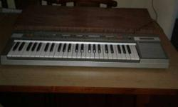 Casino Piano size Key board with adopter and case
