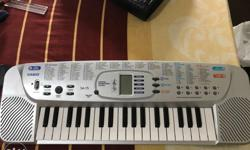 Casio sa 75 keyboard ! Hardly used..both battery