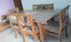 totally unused dining table for sale..