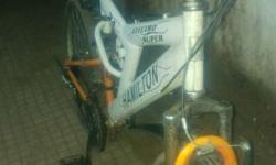 Dubbel shokab gear cycel running and good condition