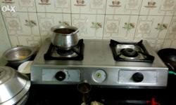 Gas Stove with gud working condition