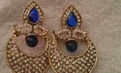 Beautiful earrings in cheap price.earrings enhance your