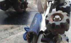 Good condition roller skates, all wheel bearings are in