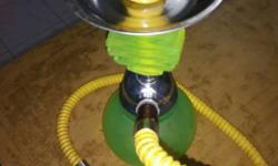 Green And Yellow Hookah neon potin very good condition