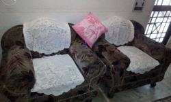 2 sofa set very good in condition