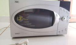IFB Microwave 20SC1 in excellent condition. 5 years