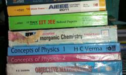 IIT Books are available in new condition..U can also