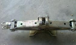 im sale my alto car jack in new condition