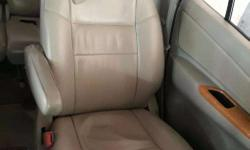 Innova Bucket seats for sale well maintained and good