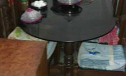 it is a 6 setters table. .. it is good condition till