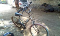 Kids bicycle in a good condition 7 month old with all