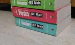 Latest Physics, Chemistry and Mathematics books for JEE