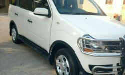 Mahindra xylo D4 MDI CRDE white colour 8 seater with