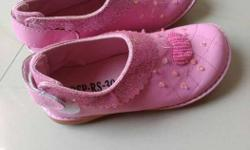 New pink embroidered party shoes for 4-7 year old