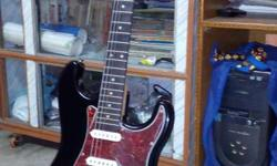 New well condition harts guitar sell