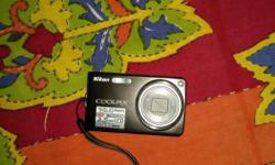 Nikon camera 10 megapixel 5x zoom charger battery CD