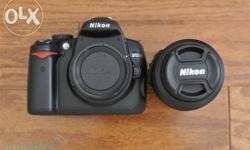 Nikon D5000 with 18-55mm kit lens in excellent