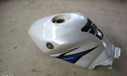 No dent, white blue tank, R15S perfect condition,