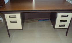 Type: Office Type: Tables Godrej Office table in good