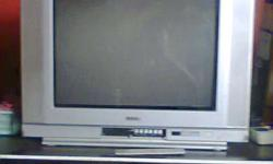 21 inch colour tv. Buying price 8000 and selling for