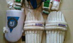 I want to sell my cricket kit .
