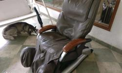 This Osim massage chair is in perfect working condition