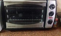 Baking oven very good condition,hardly used maximum 5