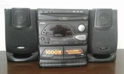 Philips 3 CD changer with 2 cassette audio system Black