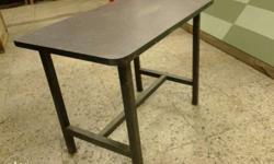 Table size 1.5 ft x2ft height-1.5ft 2o pieces available