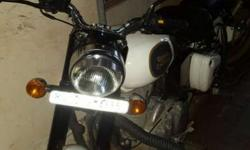 Royal Enfield Classic 3000 Kms 2017 year Just 3 months