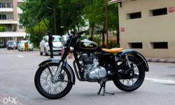 UNIQUE Royal Enfield Classic 500cc! Practically new