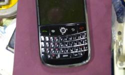 Sale blackberry 9000.. excellent condition with charger