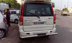 60000 km chali hui,Delhi number white colour,rate time