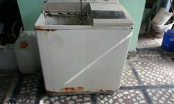 Washing machine in working condition contact 807495049